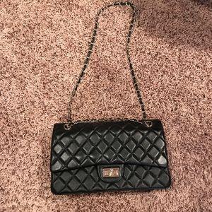 Handbags - Black quilted crossbody